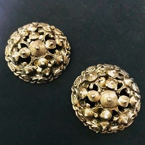 Alice Caviness VINTAGE CLIP ON earrings GOLD vtg